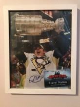 Autographed-Malkin-Pic