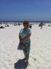 Gretchen-Pensacola-Beach-FL-Honeymoon-4-13