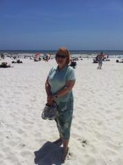 Gretchen-Pensacola-Beach-FL-Honeymoon-4-13